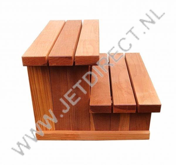 houten-trapje-hottub